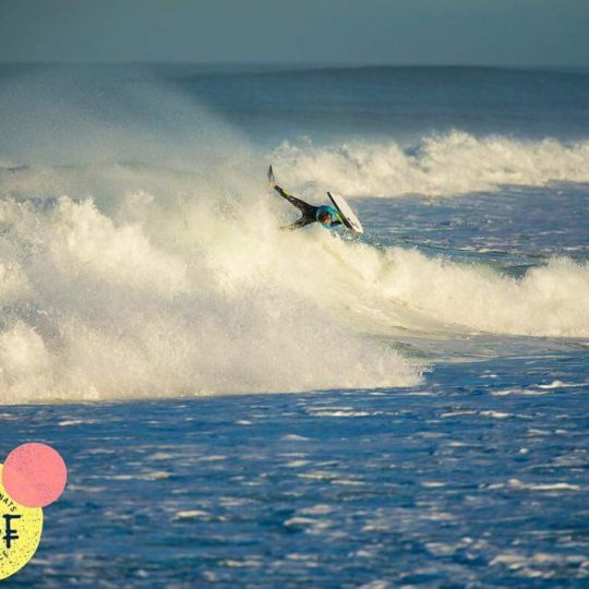 https://www.ligue-bretagne-surf.bzh/wp-content/uploads/2018/01/FB_IMG_1509134949046-540x540.jpg