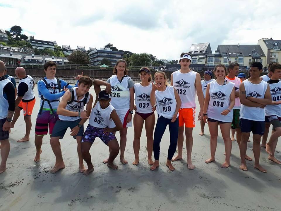 https://www.ligue-bretagne-surf.bzh/wp-content/uploads/2018/05/Team-CKB-Pink-Granit-SUP-Race.jpg
