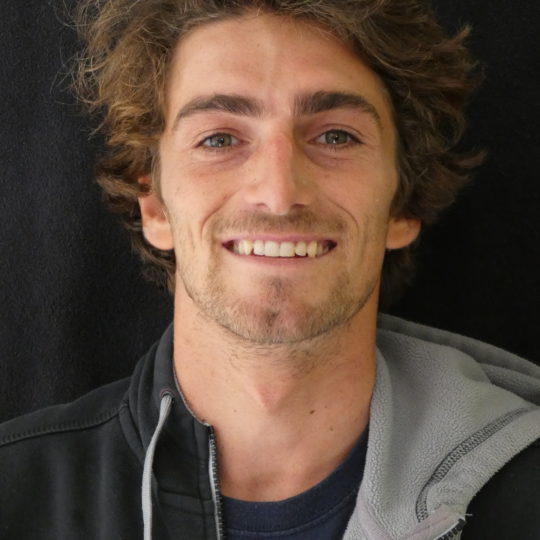 https://www.ligue-bretagne-surf.bzh/wp-content/uploads/2018/10/SALAUN-YANN-e1539808709771-540x540.jpg