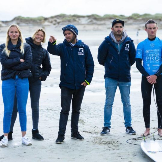 https://www.ligue-bretagne-surf.bzh/wp-content/uploads/2019/05/Junior-Pro-La-Torche-2019-13-540x540.jpg
