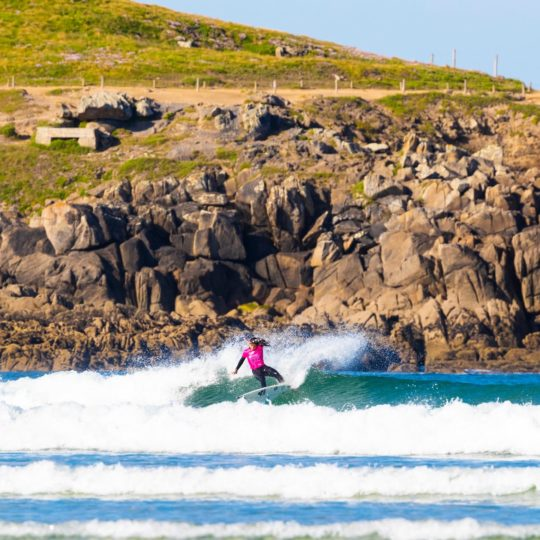 https://www.ligue-bretagne-surf.bzh/wp-content/uploads/2019/05/Junior-Pro-La-Torche-2019-14-540x540.jpg