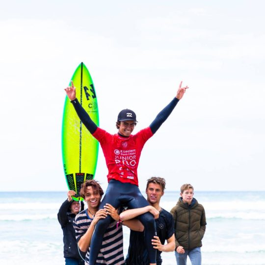https://www.ligue-bretagne-surf.bzh/wp-content/uploads/2019/05/Junior-Pro-La-Torche-2019-7-540x540.jpg