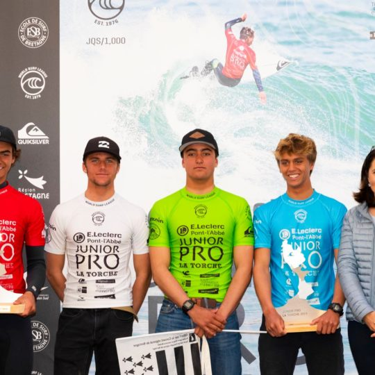 https://www.ligue-bretagne-surf.bzh/wp-content/uploads/2019/05/Junior-Pro-La-Torche-2019-8-540x540.jpg