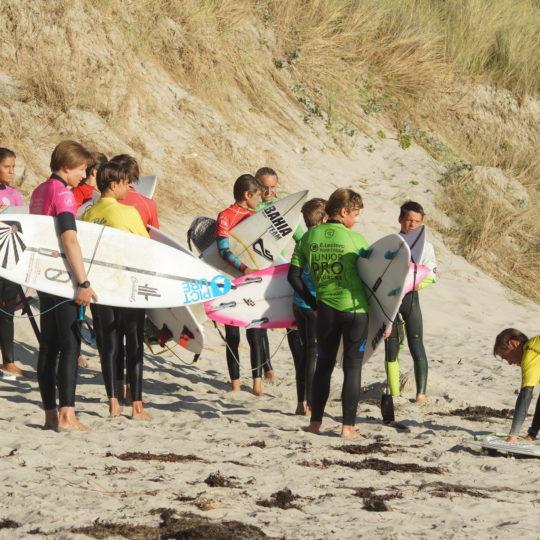 https://www.ligue-bretagne-surf.bzh/wp-content/uploads/2020/07/Stage-National-FFS-BZH-10.11.12-07-16-540x540.jpg