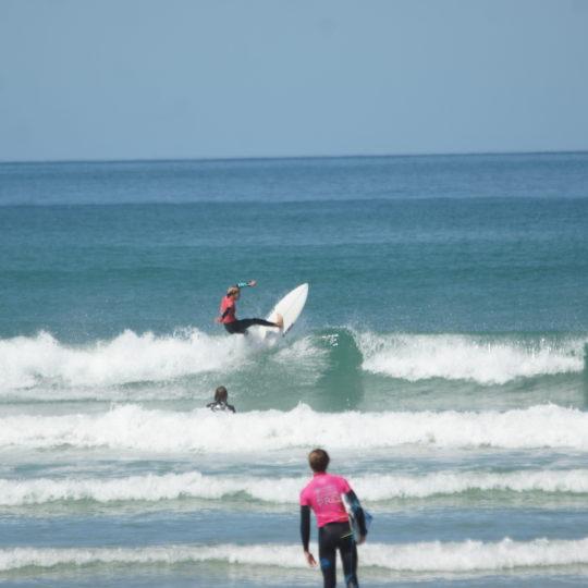 https://www.ligue-bretagne-surf.bzh/wp-content/uploads/2020/07/Stage-National-FFS-BZH-10.11.12-07-47-540x540.jpg