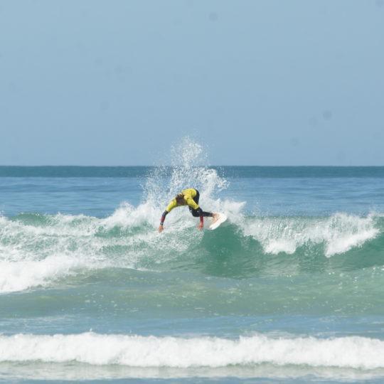 https://www.ligue-bretagne-surf.bzh/wp-content/uploads/2020/07/Stage-National-FFS-BZH-10.11.12-07-53-540x540.jpg
