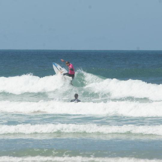 https://www.ligue-bretagne-surf.bzh/wp-content/uploads/2020/07/Stage-National-FFS-BZH-10.11.12-07-61-540x540.jpg
