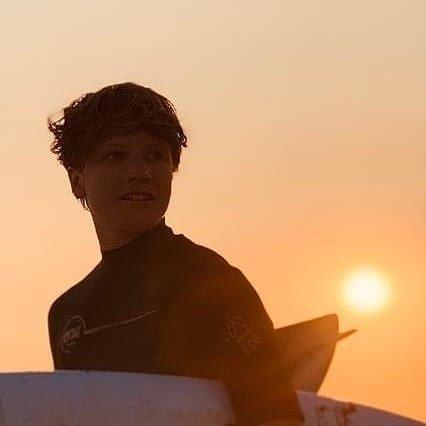 https://www.ligue-bretagne-surf.bzh/wp-content/uploads/2021/01/Jules-Prou.jpg